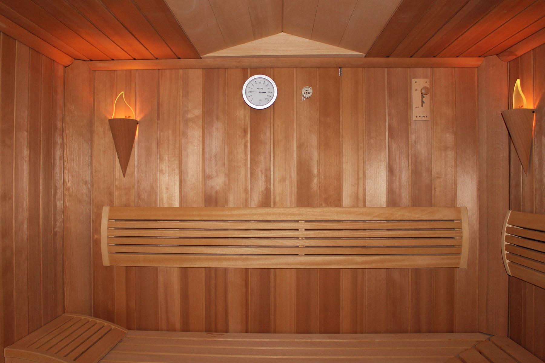 saunabau sauna oder infrarotkabine artec artec schwimmbadtechnik. Black Bedroom Furniture Sets. Home Design Ideas